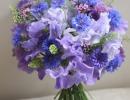 Sweet peas bouquet