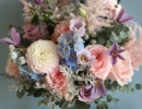 Textured bouquet in pastel colours