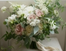 Unstructured wedding bouquet