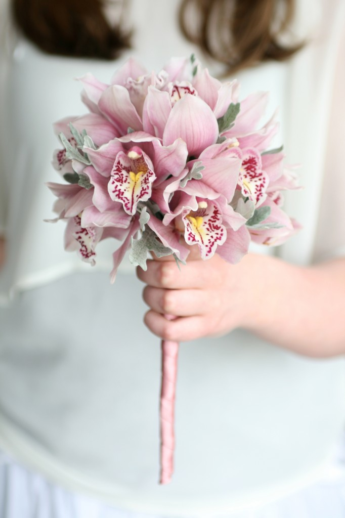 Flower girl wand with ribbon handle