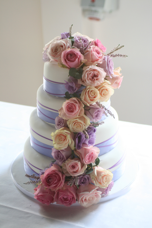 Wedding cake by 3D Cakes