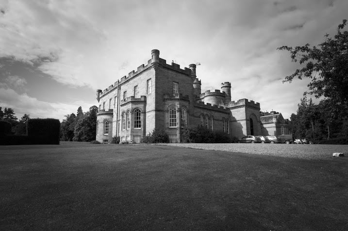 Oxenfoord Castle