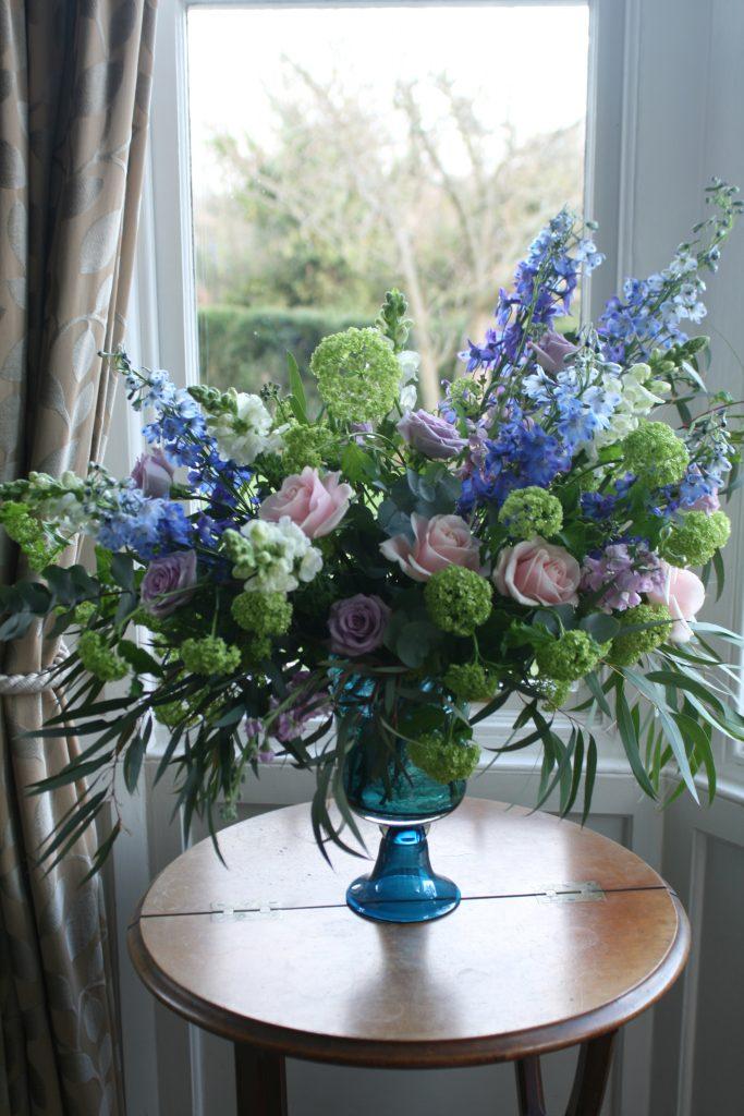 ceremony-vase-arrangement