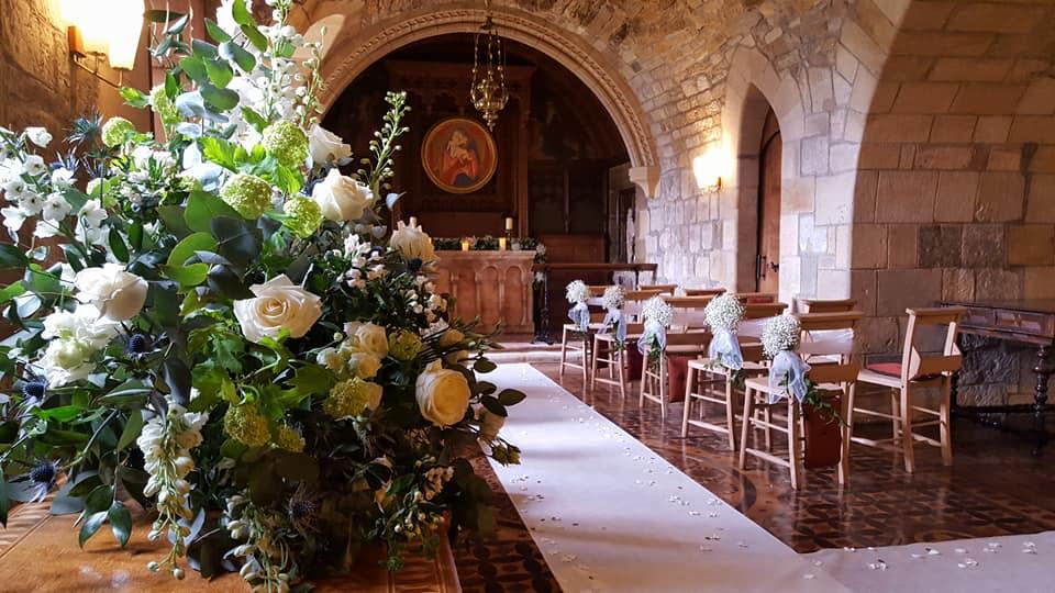 Newbattle Abbey wedding pedestal