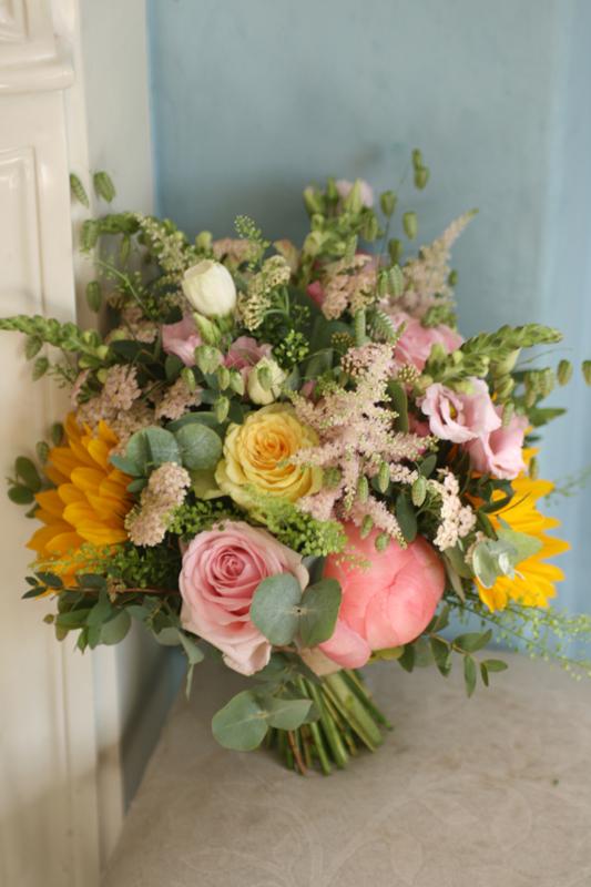 Dalkeith, Midlothian wedding florist